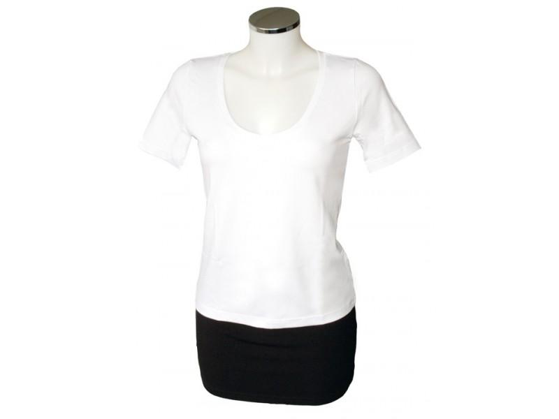 Bílé nadměrné triko s výstřihem do V