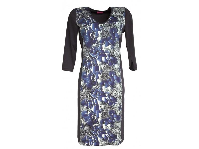 Modré šaty s tiskem
