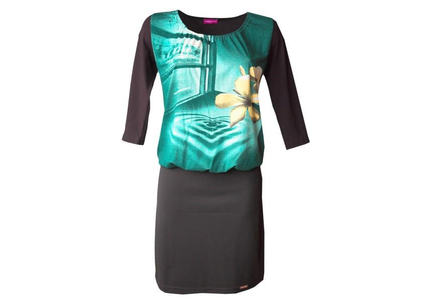 Šaty s barevným vrchním dílem
