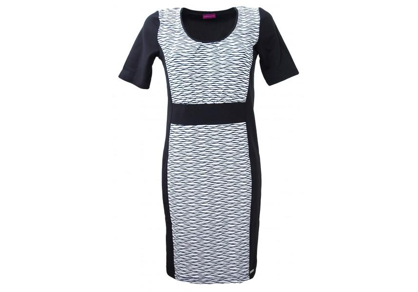 Černo-bílé šaty na jaro