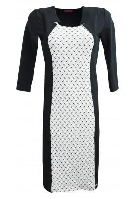 Šaty s ozdobným sedlem