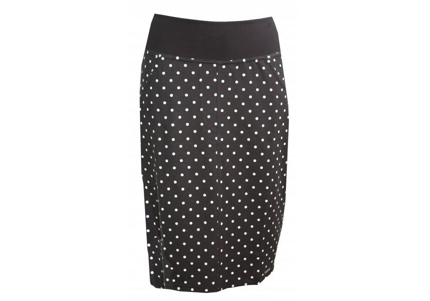 Úzká černá sukně s puntíky