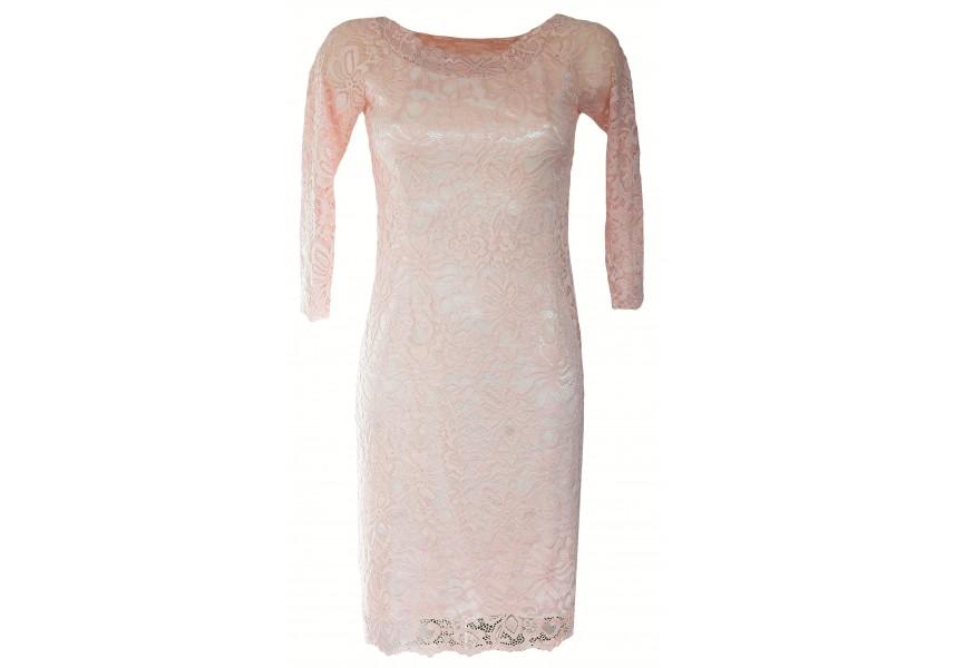 Smetanovo-růžové šaty