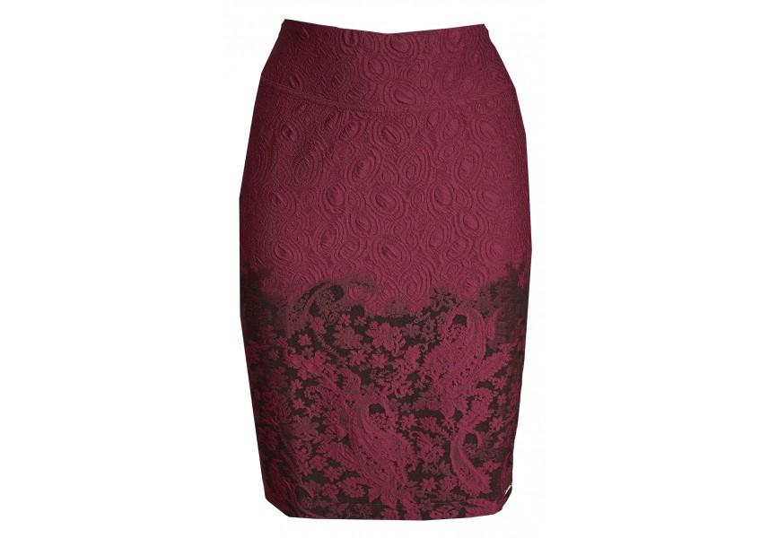 Vínová sukně se vzorem