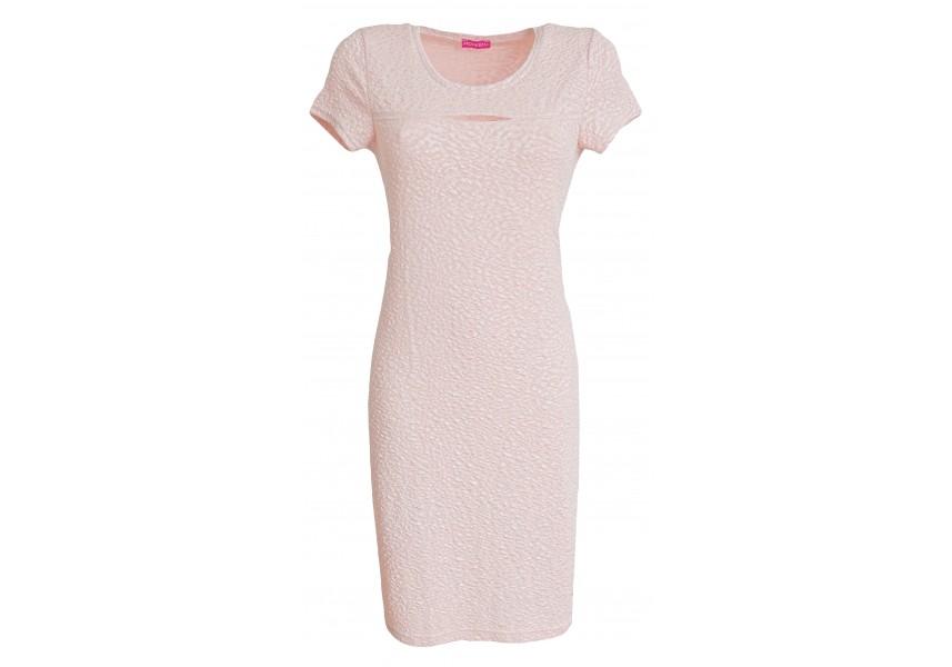 Růžové šaty s prostřihem na prsou