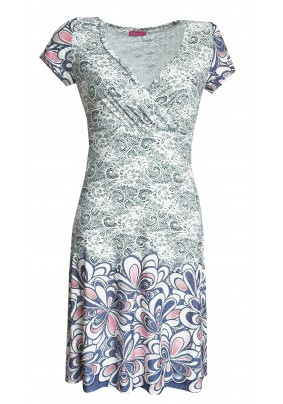 Letní šaty se srdcovým výstřihem