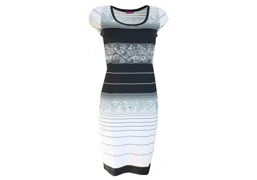 Černo-bílé pruhované šaty