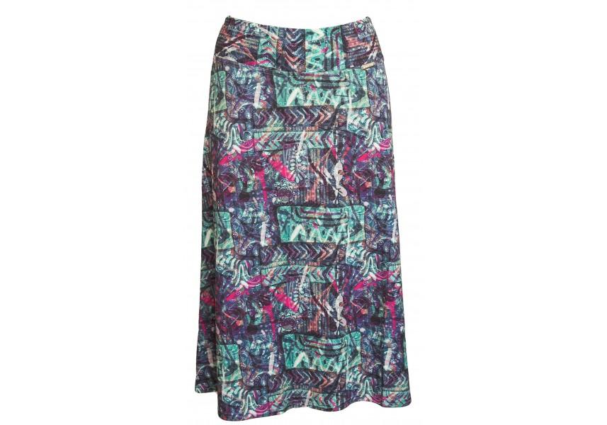 Barevná delší sukně