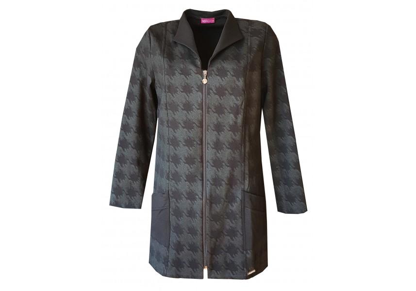 Prodloužený černý kabátek s plastickým vzorem
