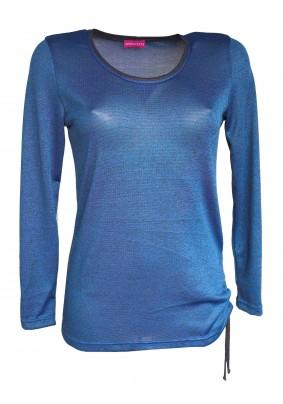 Modrý svetřík se stažením na boku
