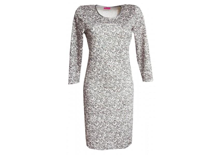 Světlé šaty s prostřihem na prsou