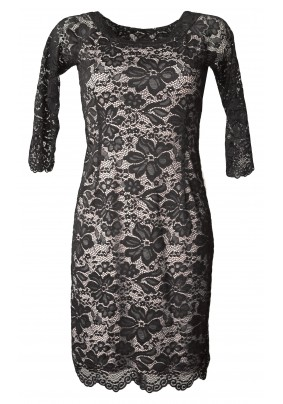 Černé krajkové šaty se světlou podšívkou
