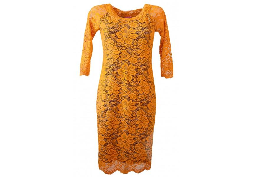 Okrové krajkové šaty