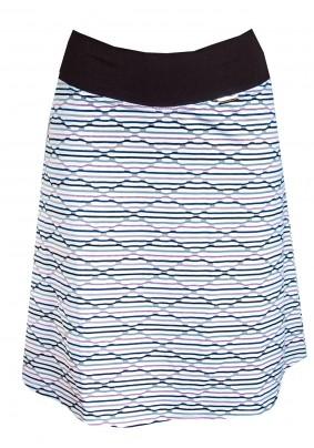 Světlá sukně se vzorem