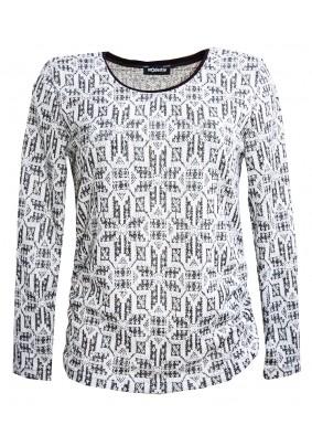 Šedý svetr s norským vzorem