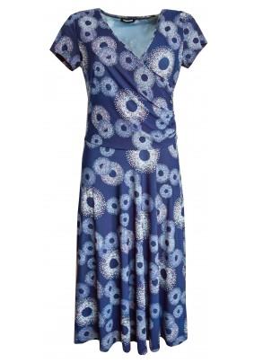 Modré šaty se širokou sukní