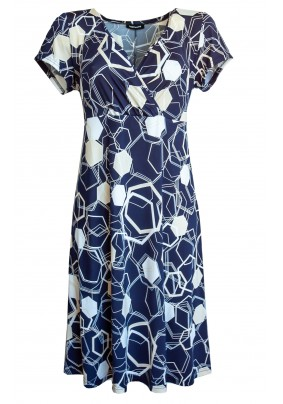 Delší elegantní šaty s otevřeným výstřihem