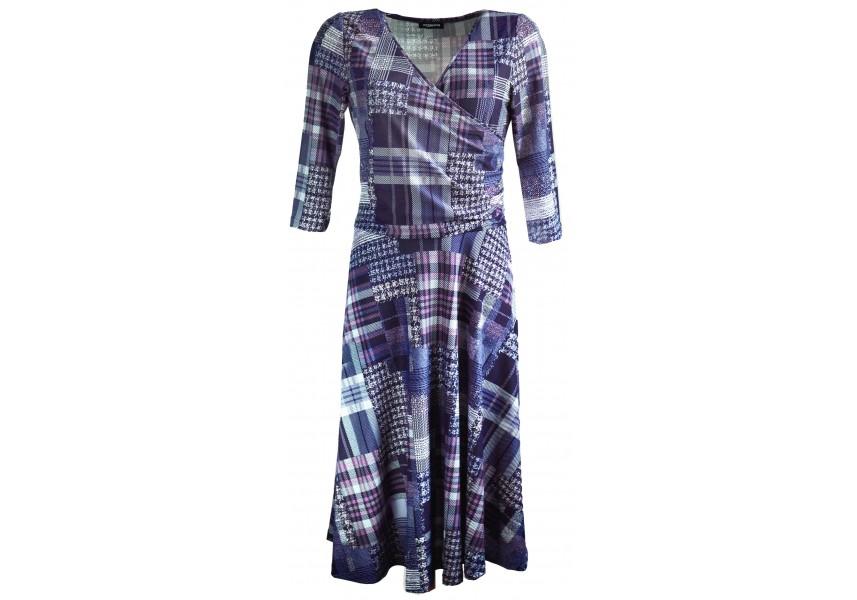 Kostkované šaty se širokou sukní