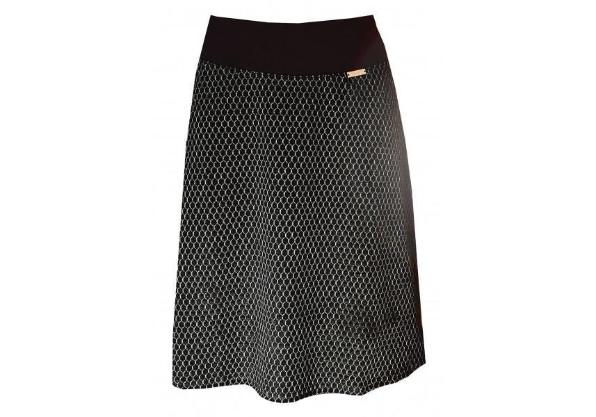Černá sukně do A se vzorem