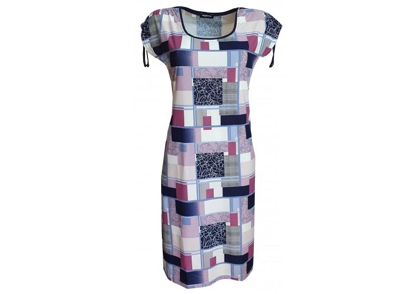 Šaty s geometrickým vzorem